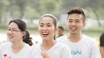 """""""Running Man"""" Vũ Xuân Tiến tham gia giải chạy của công ty Hà Tăng"""