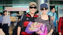 Khánh Ly bất ngờ được chồng 'hộ tống' về nước