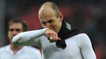 Biến động ở Chelsea: Trảm Villas-Boas, đón Robben?