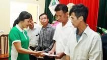 Vinamilk hỗ trợ 400 triệu đồng cho người dân vùng lũ tại Hà Nội