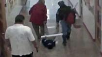 Sa thải hai giáo viên kéo lê học sinh mù trên sàn lớp