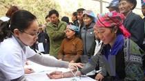Thủ tướng trả lời chất vấn về chính sách cán bộ công tác ở vùng khó khăn