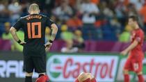 20 câu thơ khóc thương đội tuyển Hà Lan