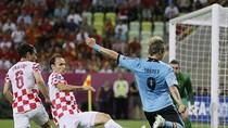 Thơ bình luận EURO: TÂY BAN NHA 1-0 CROATIA, ITALIA 2-0 CH IRELAND