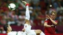 """Nhìn lại chặng đường vào bán kết của """"bộ tứ anh hào"""" EURO 2012"""