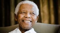 Nhìn lại cuộc đời Nelson Mandela qua ảnh