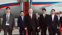 Ảnh: Lễ đón Tổng thống Putin tại sân bay Nội bài