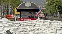 Thái Lan đóng cửa hàng trăm điểm bỏ phiếu