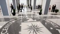 """Tại sao """"trùm"""" tình báo CIA Mỹ phải nghỉ hưu?"""