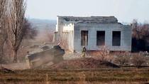 """Tướng Anh: London bán cho Ukraine hàng chục chiếc xe bọc thép """"vô dụng"""""""
