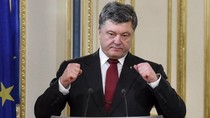 Poroshenko: Ukraine đang có chiến tranh thực sự với Nga