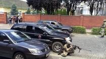 Right Sector sẽ lật xuồng Ukraine?
