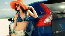 Người đẹp thả dáng bên xe Volvo trên bãi biển ngập tràn nắng gió