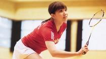 Vẻ đẹp hút hồn của nữ hoàng cầu lông Nhật Bản