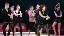 'Nữ hoàng' thể dục Hàn Quốc nhảy Gangnam Style đẹp mắt