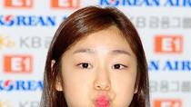 'Nữ hoàng trượt băng' Kim Yuna đáng yêu như thiên thần