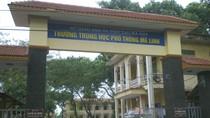 Phản đối thu tiền 20/11, phụ huynh tố lãnh đạo trường THPT Mê Linh