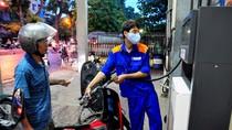Quỹ bình ổn xăng dầu dư gần... 2.300 tỷ đồng