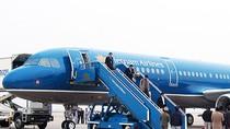 Máy bay Vietnam Airlines hạ cánh khẩn cấp: Đình chỉ tổ bay để điều tra