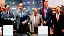 """PetroVietnam tiếp tục """"bắt tay"""" với Tập đoàn Dầu khí quốc gia Nga"""