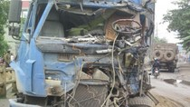 Ảnh: Tai nạn giao thông, lái xe tải đứt lìa cánh tay