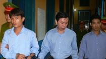 """Lật lại vụ án """"tập đoàn"""" massage kích dục lớn nhất Sài thành"""