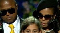 Con gái Michael Jackson đi đóng phim