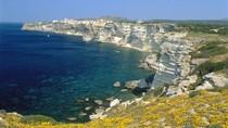 Say lòng những bãi tắm tuyệt đẹp trên đảo Corse