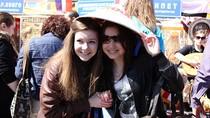 Sinh viên Việt tại Nga tham dự mít tinh kỉ niệm Ngày chiến thắng 9/5