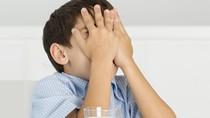 Trẻ lắc đầu với sữa: Bài toán khó cho cả nhà