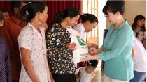 TNR Holdings Việt Nam trao 25 tấn gạo cho ngư dân miền Trung