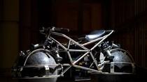 Chiếc mô tô hai bánh hình cầu đầy sáng tạo của 3 chàng sinh viên