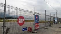 Người dân phản đối dự án resort quây rào, chắn lối xuống biển