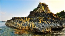 Chiêm ngưỡng cảnh đẹp kỳ vĩ của Gành Đá Dĩa - Phú Yên