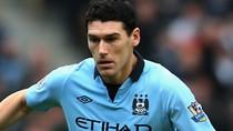 Man City 'thắt lưng buộc bụng', Gareth Barry sẽ bị trảm?