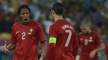 Ronaldo lách luật, tự bầu cho mình vẫn thua Messi
