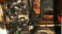 Xe máy tự cháy thiêu rụi căn nhà vắng chủ