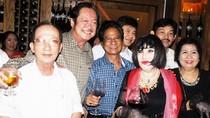 Chánh Tín vui vẻ bên minh tinh Thẩm Thúy Hằng sau scandal vỡ nợ