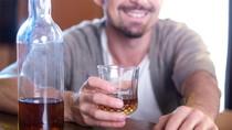 Vì sao bạn dễ say rượu?