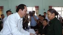 Chủ tịch nước thăm, tặng quà đối tượng chính sách tỉnh Quảng Nam