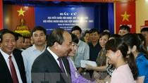 Thủ tướng Nguyễn Xuân Phúc bỏ phiếu bầu cử tại huyện Vĩnh Bảo