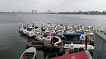 Hà Nội: Doanh nghiệp bị đóng cửa bất ngờ, hàng trăm người lo mất việc