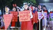 """500 """"phép lạ"""" đón Giáng Sinh sớm của học sinh trường Việt -Úc"""