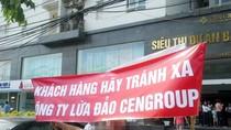 Hàng trăm khách hàng bao vây CenGroup đòi tiền