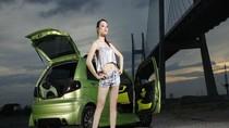 Nhan sắc Việt rực rỡ bên xe Ford Fiesta