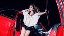 Người mẫu Lâm Ngân thêm quyến rũ nhờ xế Honda Prelude