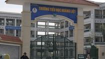 Cô giáo dán băng dính bịt miệng 6 học sinh vì mất trật tự ngay tại thủ đô Hà Nội