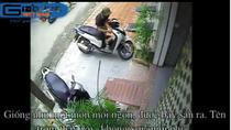 """Clip: Sau 1 giây, siêu trộm sành điệu """"thổi bay"""" SH để trước cửa nhà"""