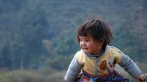 Góc ảnh: Nét trẻ thơ của những em bé trên vùng núi Mộc Châu (Phần 1)