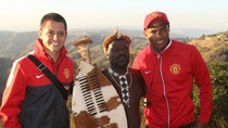 Dàn sao M.U theo chân thổ dân Nam Phi đi săn bắn